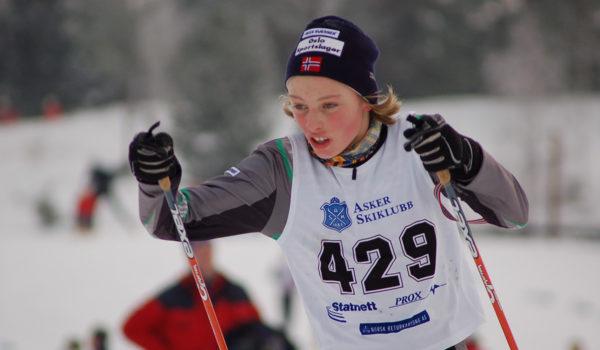 Skiløper i innspurt
