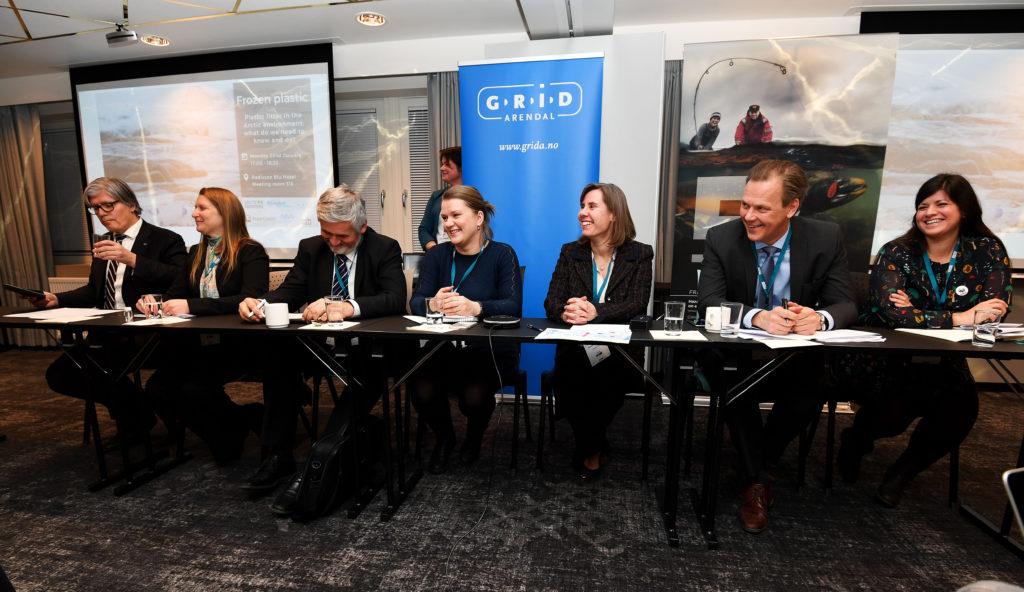 """Panelet under debatten """"Frozen Plastic - Plastic litter in the Arctic environment"""" på Arctic Frontiers-konferansen i Tromsø i januar."""