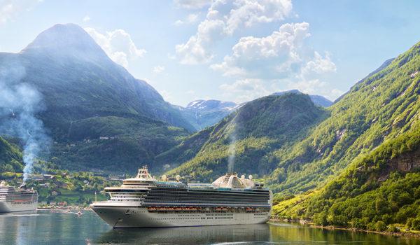 Cruiseskip i Geirangerfjorden