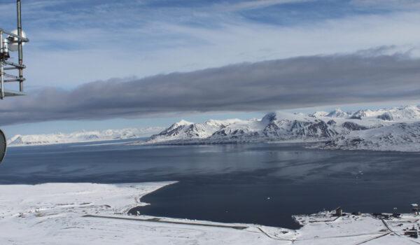 Utsikt fra Zeppelinstasjonen i Ny Ålesund, Svalbard